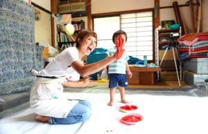 【大阪府箕面市】ママも赤ちゃんも講師も楽しむ!ぐちゃぐちゃ遊びとベビーサインで意欲を育てる!/親子教室 Light  すぎもとまいこ